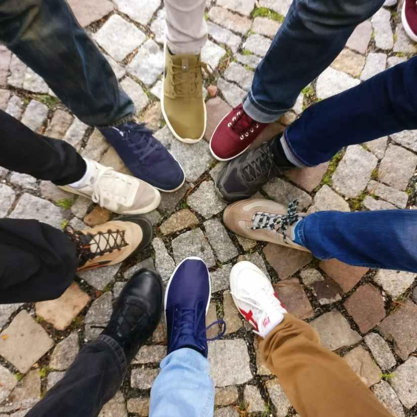 brand trademark cobblestones community denim pants